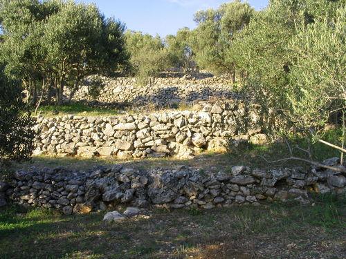 Stonehouses - korcula kamene kucice meje 09