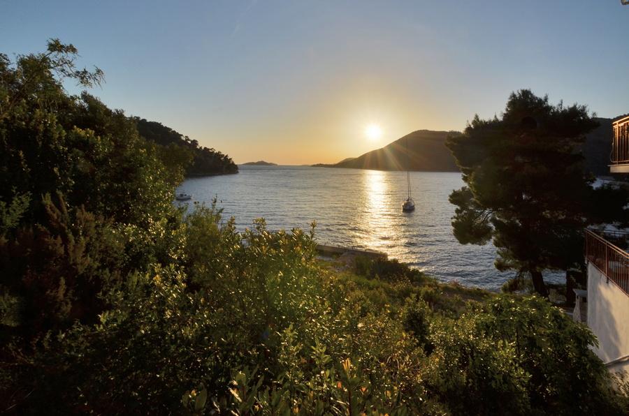 Građevinsko zemljište - prvi red do mora - Brna, otok Korčula - brna gradjevinsko zemljiste prvi red 03