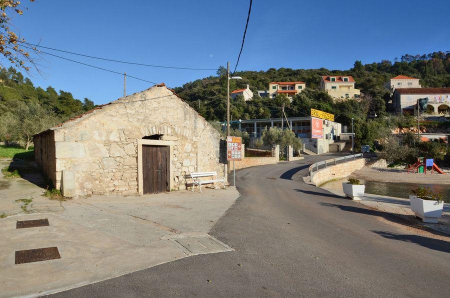 Old Stone House in Brna - starija kuca za prodaju brna 02