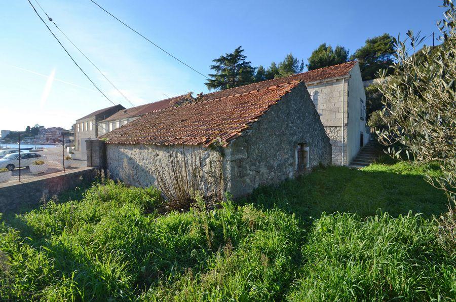 Starija kuća uz plažu u Brni - starija kuca za prodaju brna 11