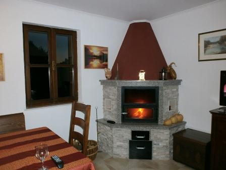 Kamena kuća i poljoprivredno zemljište - Žrnovo - birisice 051