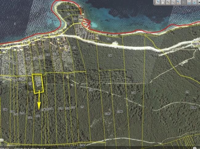 Poljoprivredno zemljište 170 m od mora - uvala Blaca - poljoprivredno zemljiste ivko vlatko 04